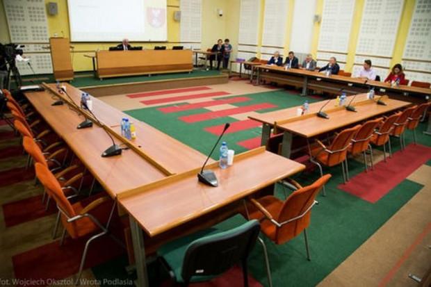 W podlaskim sejmiku odbyły się już w nowej kadencji dwie sesje (fot. wrota podlasia)