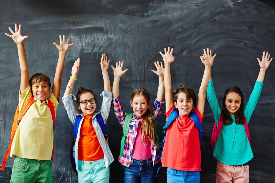 Obowiązkowe szafki i dłuższe przerwy. Nowe rozporządzenie wprowadza zmiany w szkołach