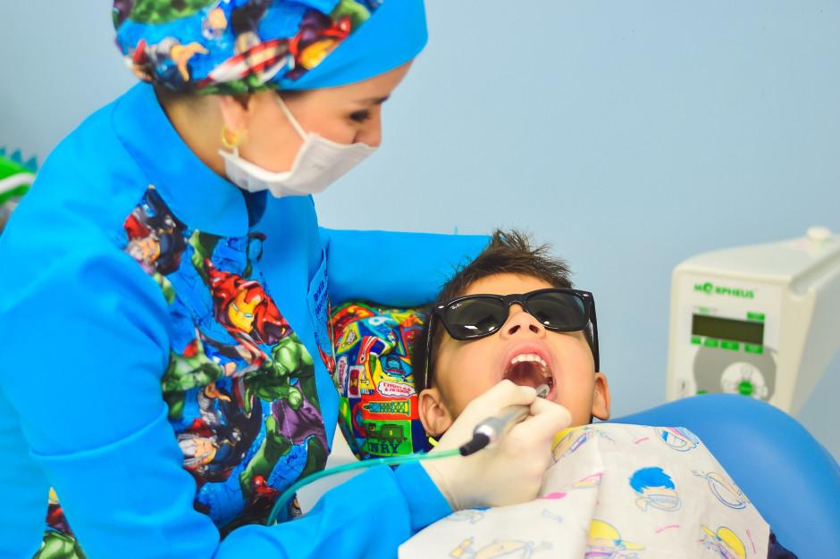 Leszno sfinansuje 6-latkom dentystę