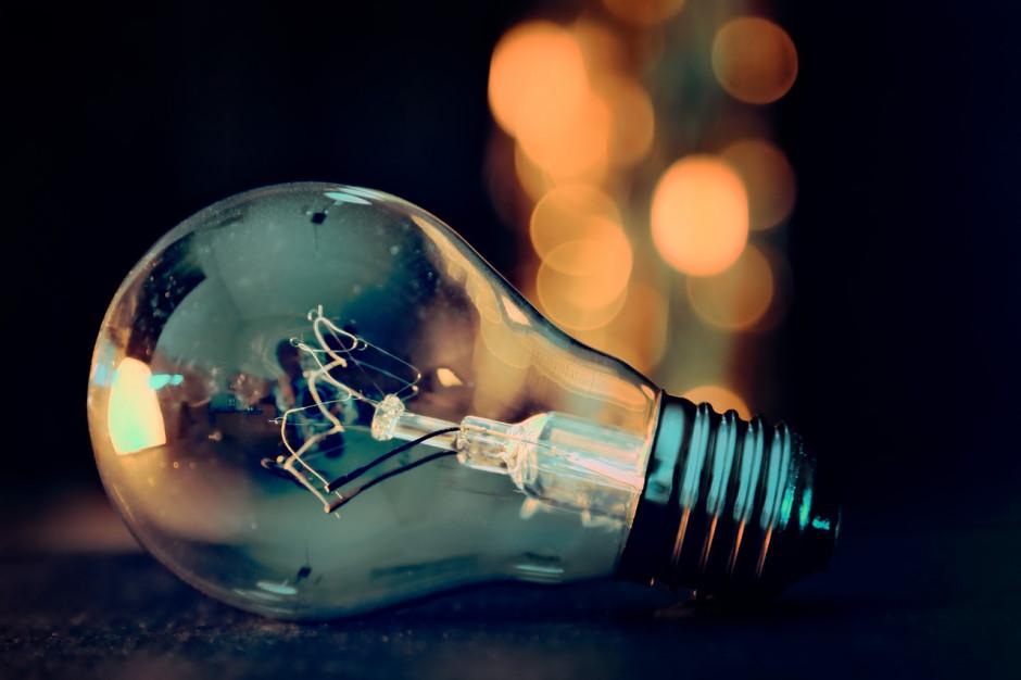 URE zajmie się rosnącymi cenami prądu także dla samorządów