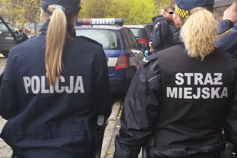Policjanci i strażnicy miejscy stracą prawo do kontroli i przeszukań