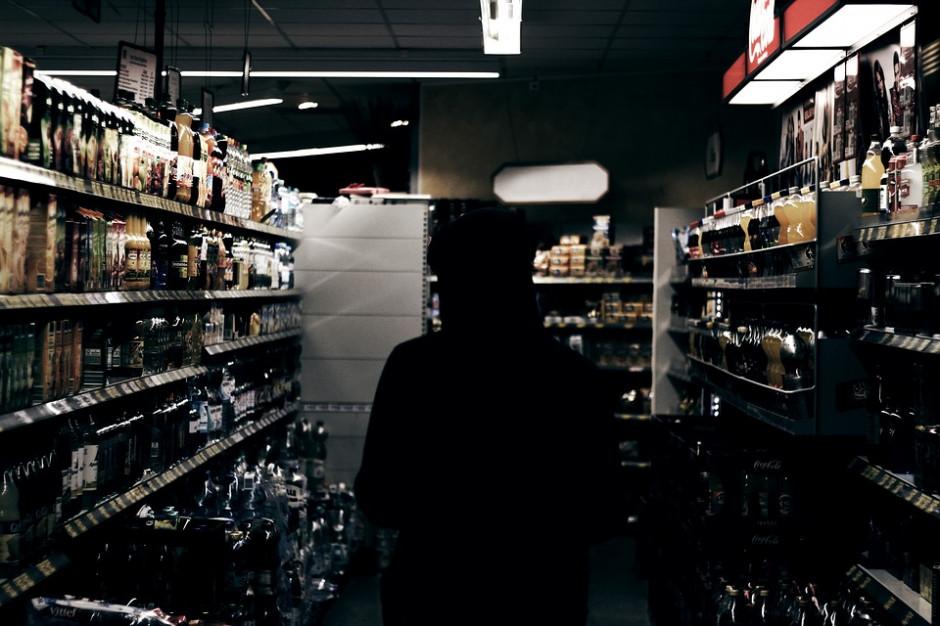 Kraków: ograniczenie nocnej sprzedaży alkoholu wstrzymane