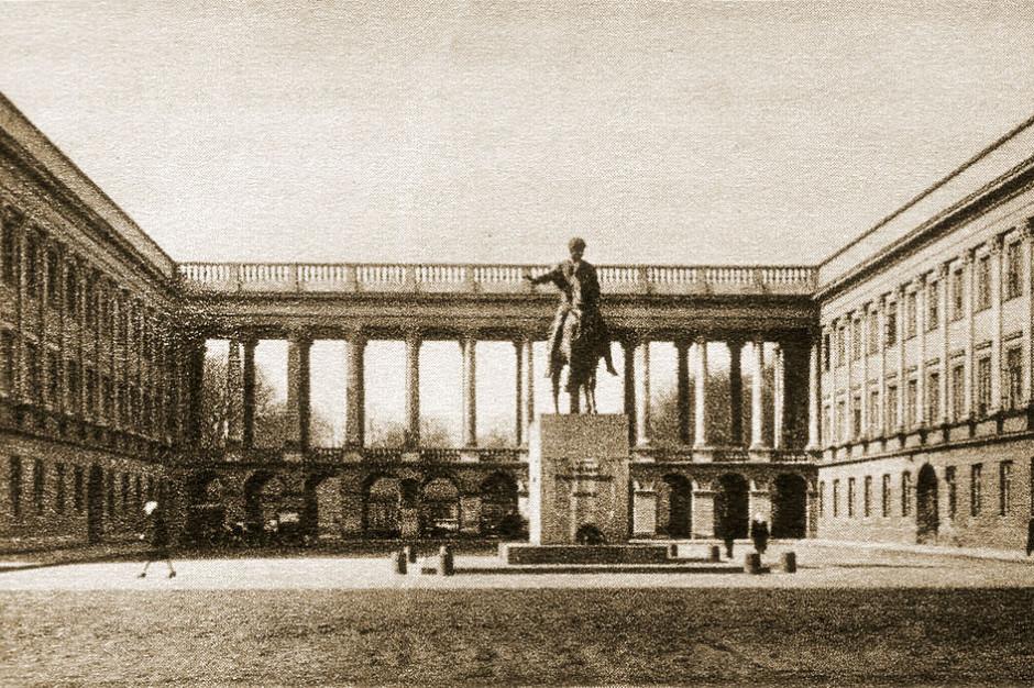 Błaszczak: Dokumentacja z 1923 r. podstawą do przebudowy Pałacu Saskiego