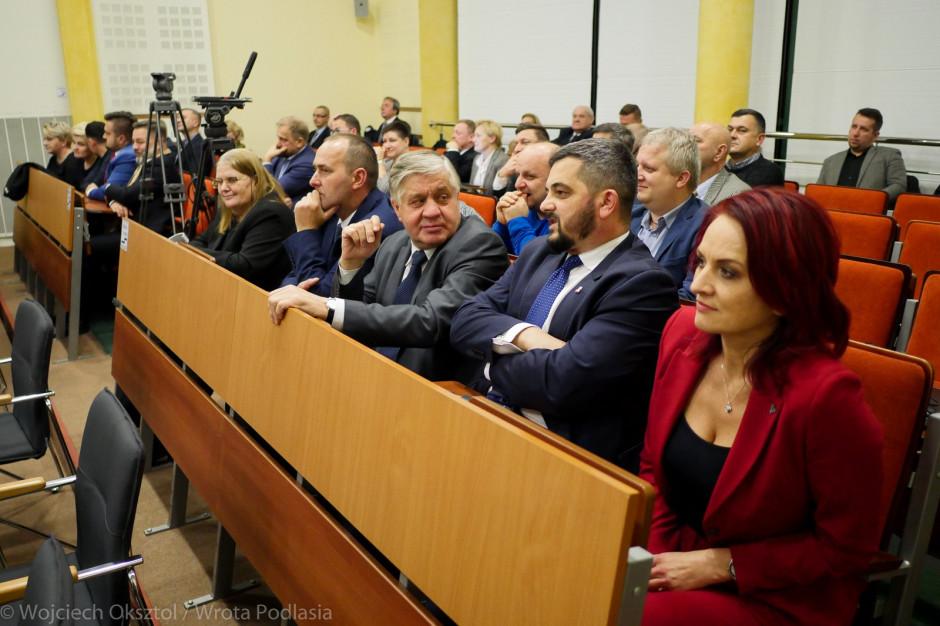 Podlaskie: Radni PiS w sejmiku chcą dogadać się z Koalicją Obywatelską