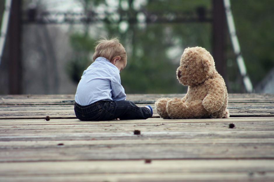 Co dalej z rozporządzeniem o umieszczaniu dzieci w rodzinie zastępczej?