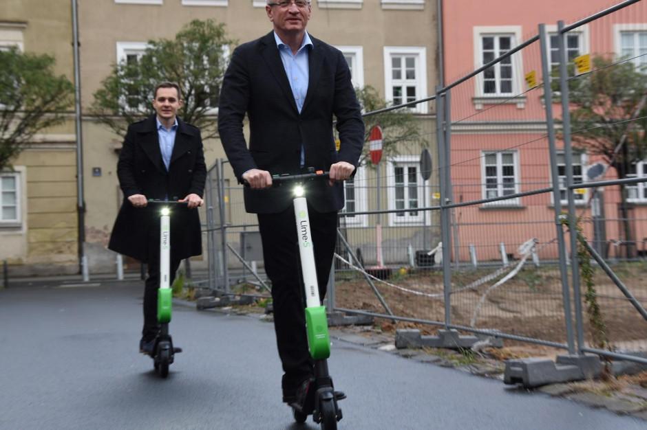 Mieszkańcy Poznania mogą korzystać z elektrycznych hulajnóg na minuty