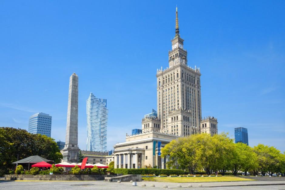 Warszawa. Instytut Rozwoju Warszawy o zagospodarowaniu terenu przy Pałacu Kultury i Nauki