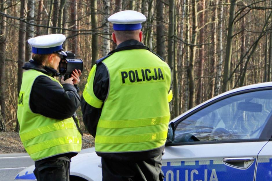 Warszawa: Policyjna specgrupa skontrolowała kierowców. 1/6 straciła prawo jazdy