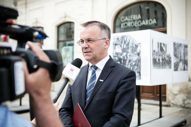 Jarosław Sellin: Jeśli ktoś chce referendum w sprawie pomnika smoleńskiego, niech robi je w całym kraju, a nie tylko w Warszawie