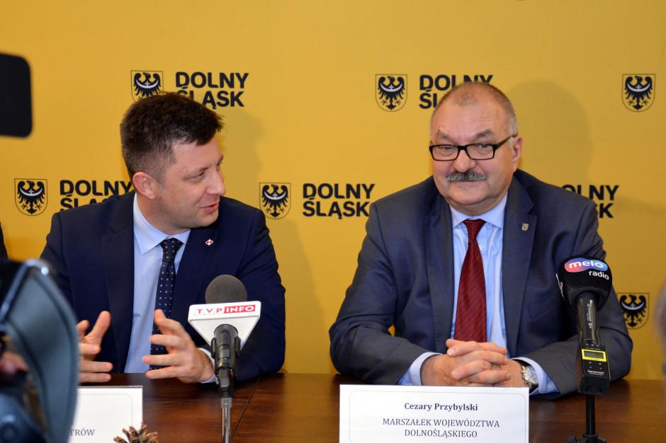 Samorząd województwa dolnośląskiego przejął od PKP zarząd nad liną kolejową z Bielawy do Dzierżoniowa