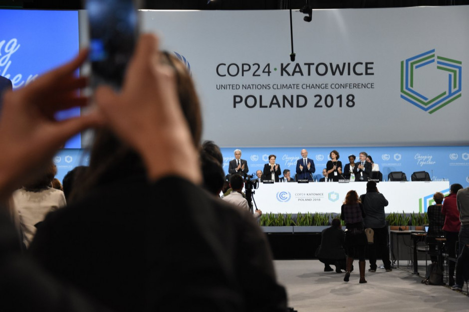 COP24: Strony przyjęły dokument końcowy szczytu klimatycznego w Katowicach