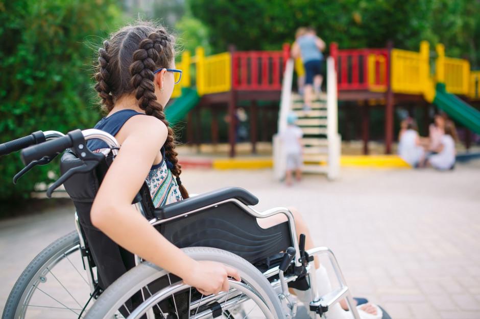 NIK: Ośrodki i przedszkola nie zapewniają odpowiedniego wsparcia dzieciom niepełnosprawnym