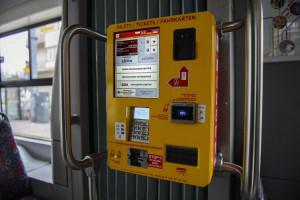 Informacje w łódzkich biletomatach także po ukraińsku