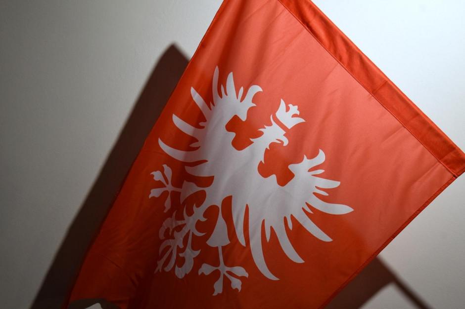 Poznań rozdaje flagi w rocznicę Powstania Wielkopolskiego