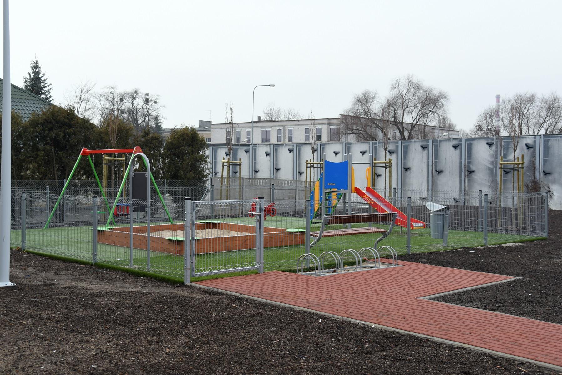 Budowa bloków komunalnych na Zawadach rozpoczęła się w kwietniu 2017 r. i trwała do grudnia 2018 r. (fot.poznan.pl)