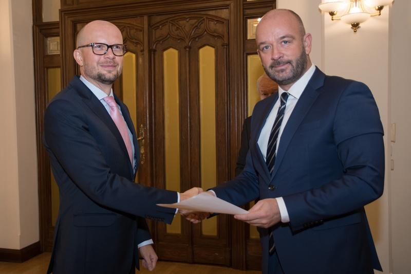 Wiceprezydent Jakub Mazur (po lewej) jest pierwszym zastępcą prezydenta Jacka Sutryka (po prawej) (fot.wroclaw.pl)