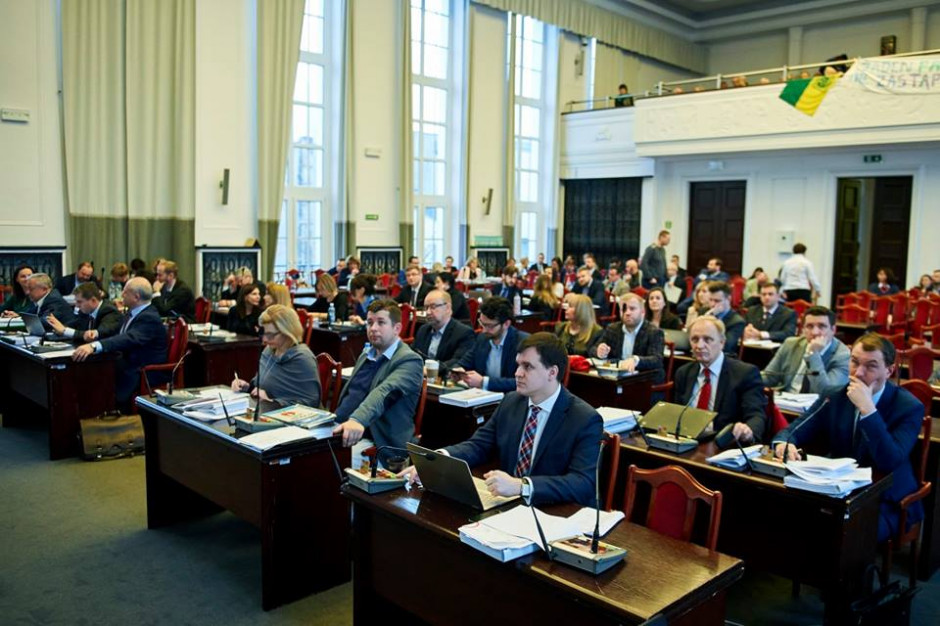 Łódzcy radni przyjęli budżet miasta. Deficyt sięgnie 259 mln zł