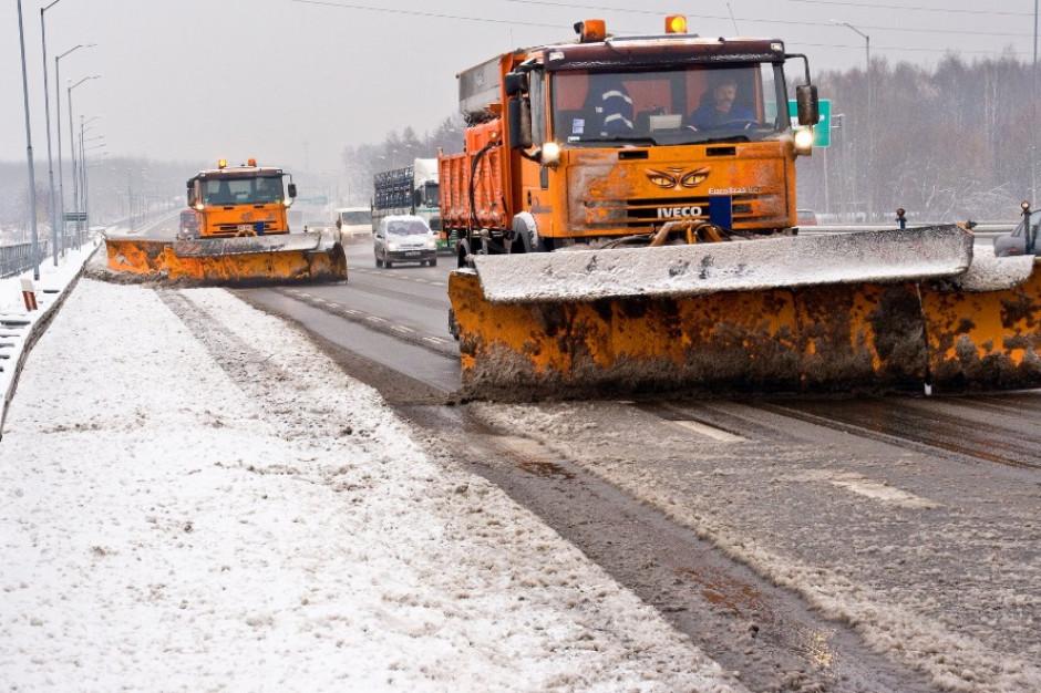 Zimowy Armagedon trwa. Utrudnienia na drogach, brak prądu, zagrożenia powodziowe
