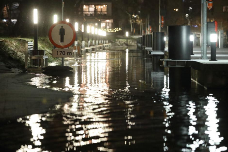 RCB: Stan alarmowy i ostrzegawczy przekroczony na 21 stacjach wodowskazowych