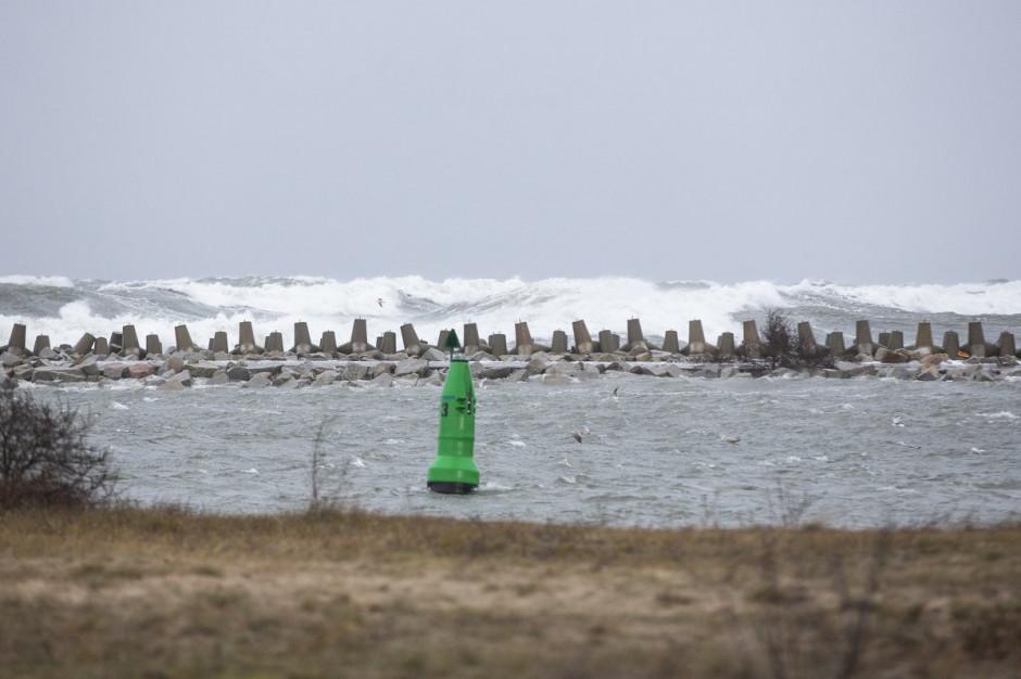 IMGW: słabnie wiatr i stabilizuje się sytuacja hydrologiczna na Wybrzeżu