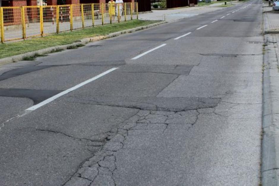 Wojewoda mazowiecki cofnął dofinansowanie na przebudowę ulicy w Ostrołęce
