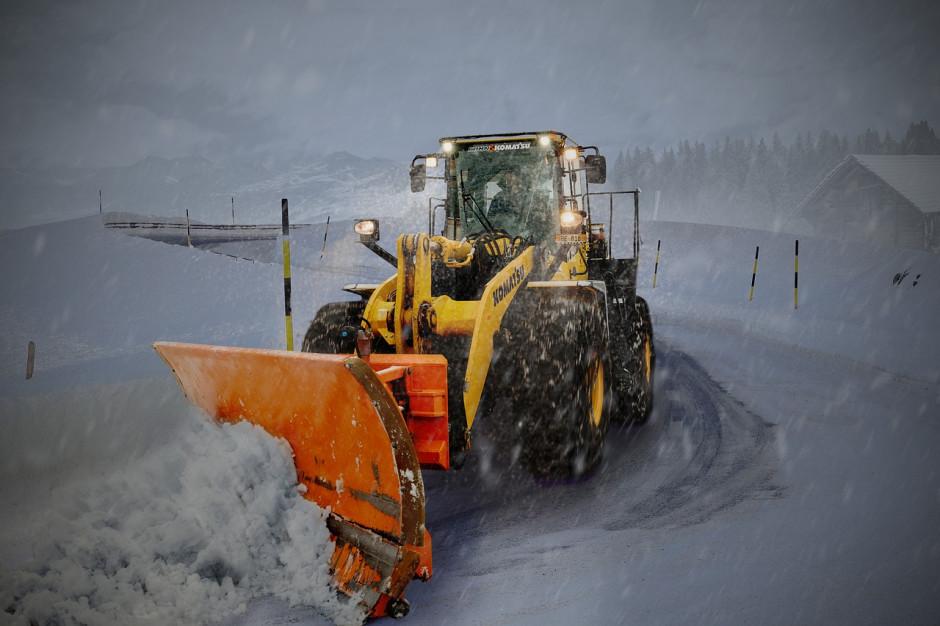 GDDKiA o warunkach na drogach: opady śniegu i błoto pośniegowe