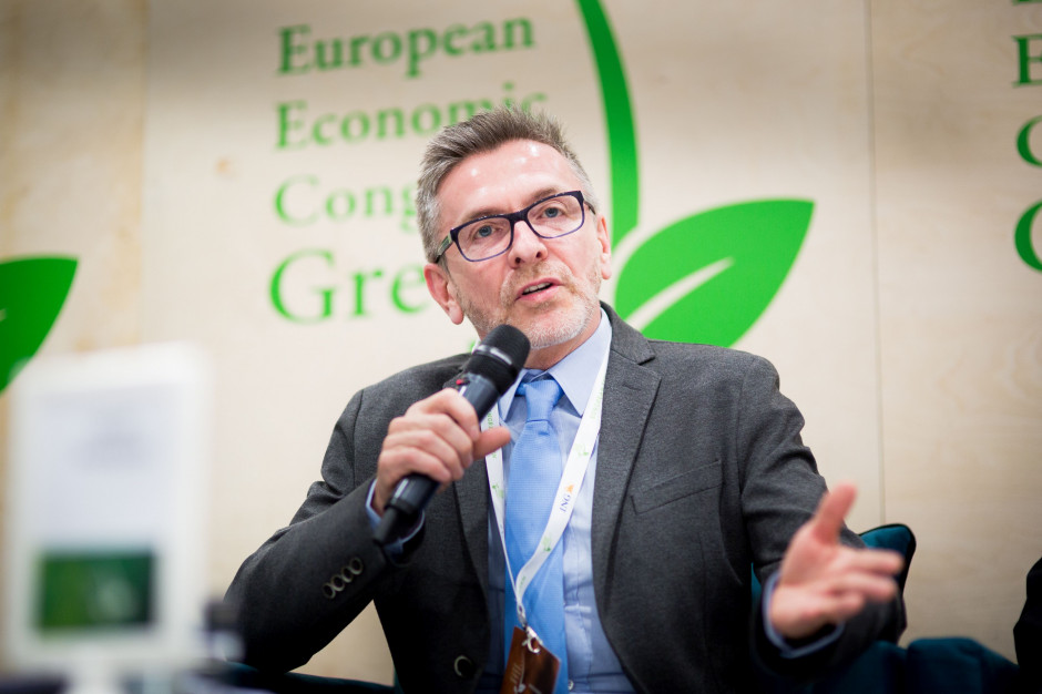 Prof. Jacek Szołtysek: smart city powinno ułatwiać życie mieszkańcom