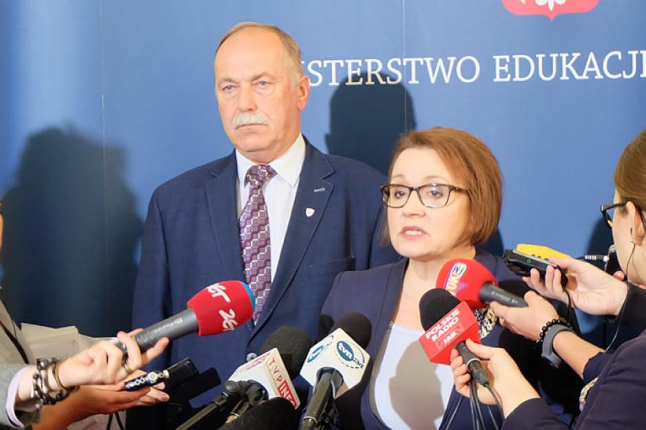 Ryszard Proksa i Anna Zalewska (fot. men.gov.pl)