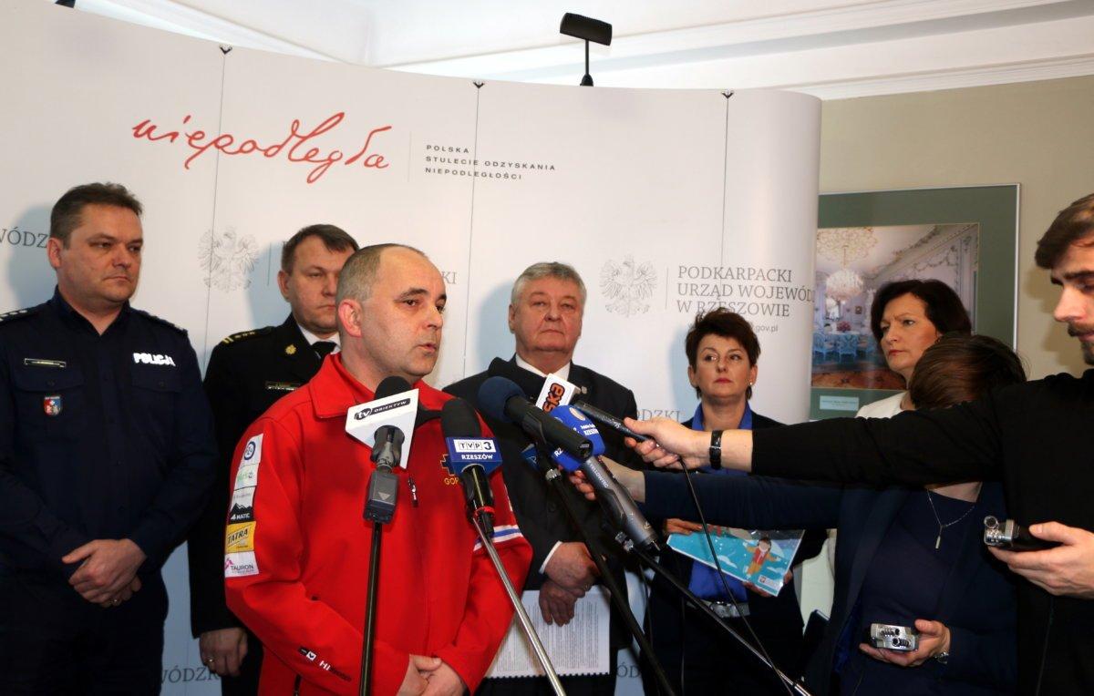 """PSP w regionie jest przygotowana do """"akcji zima"""" (fot. rzeszow.uw.gov.pl)"""