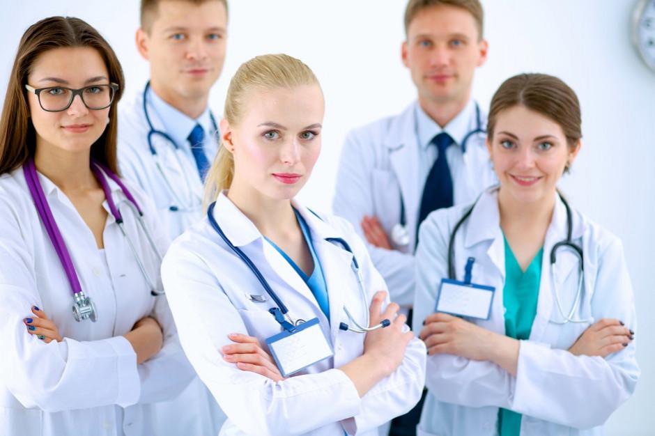 Rezydenci będą ratować szpitale powiatowe?