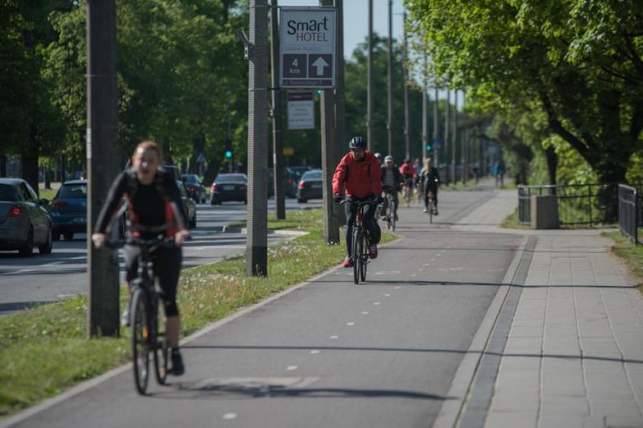 Obecnie sieć wydzielonych dróg rowerowych w Gdańsku liczy 123,5 km. (fot. Dominik Paszliński/UM Gdańsk)