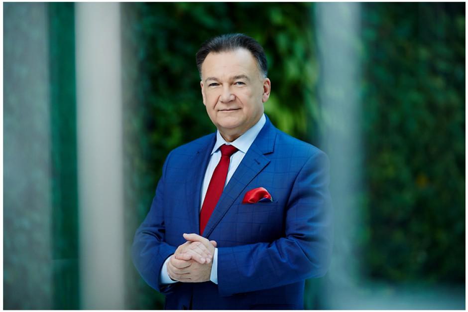 Struzik zauważył, że dzisiejsze posiedzenie Związku Województw RP było pierwszym po wyborach samorządowych i uczestniczył w nim komplet delegatów - 64 osoby. (fot.mazovia.pl)