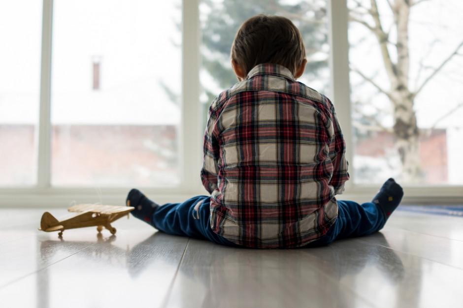 MRPiPS pracuje nad wsparciem dedykowanym dla osób z autyzmem