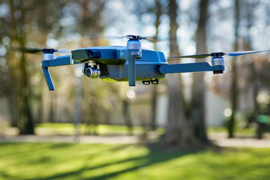 Warszawa: Drony pomogą Straży Miejskiej w walce o czyste powietrze