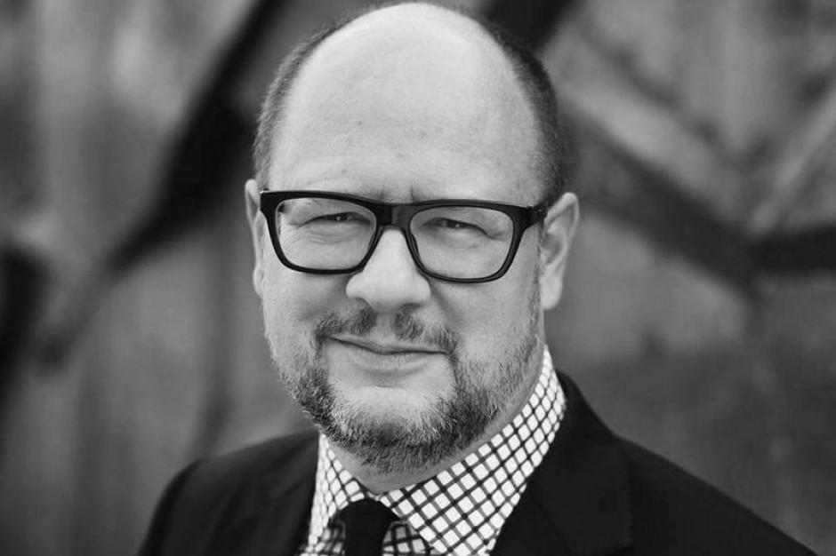 Warszawa: Żałoba po śmierci prezydenta Gdańska Pawła Adamowicza