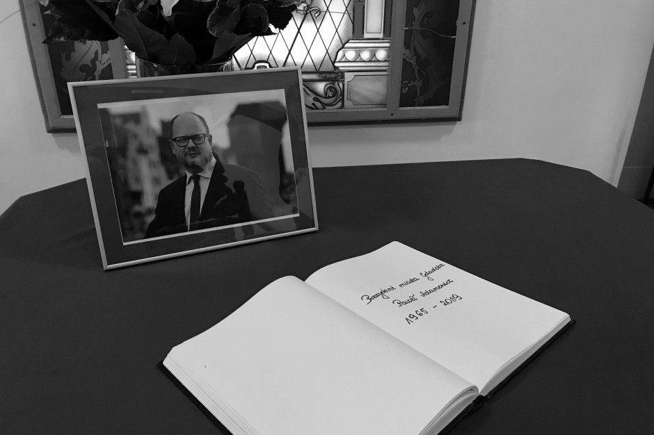 Sopot ogłosił żałobę po śmierci prezydenta Gdańska