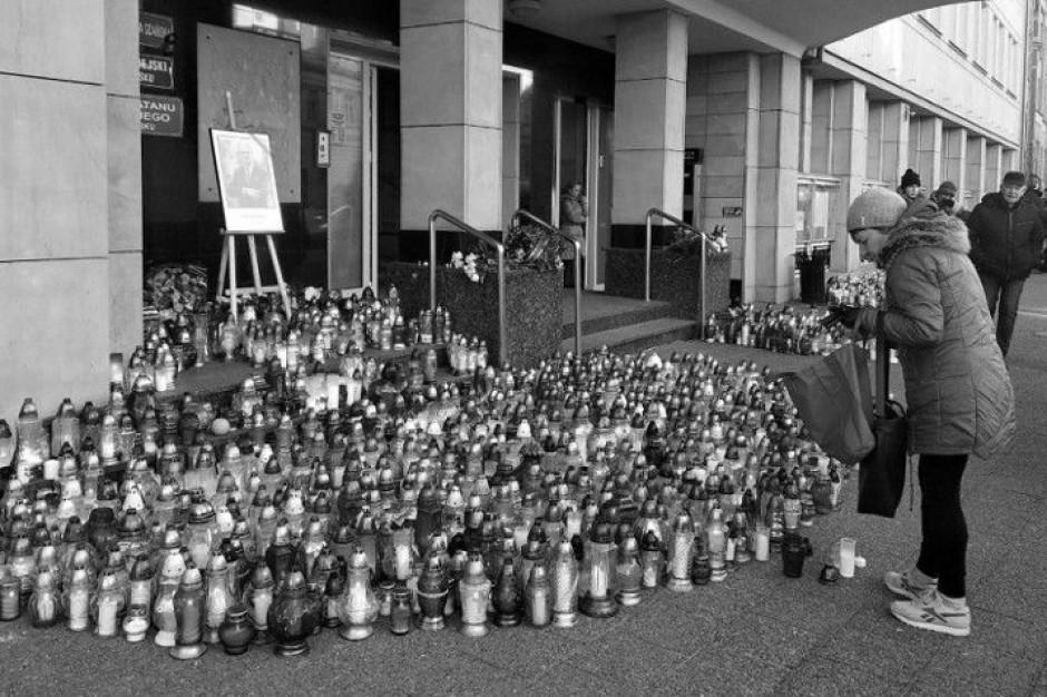 Śmierć prezydenta Gdańska. Wojewoda ogłosił żałobę w całym województwie pomorskim