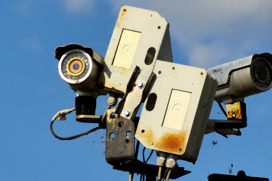 Kraków wdroży pilotażowy program monitoringu. Kamera na każdej latarni