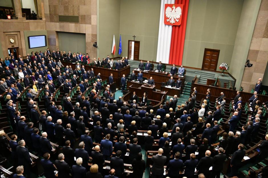 Sejm uczcił pamięć Pawła Adamowicza. Na sali zabrakło prezesa PiS