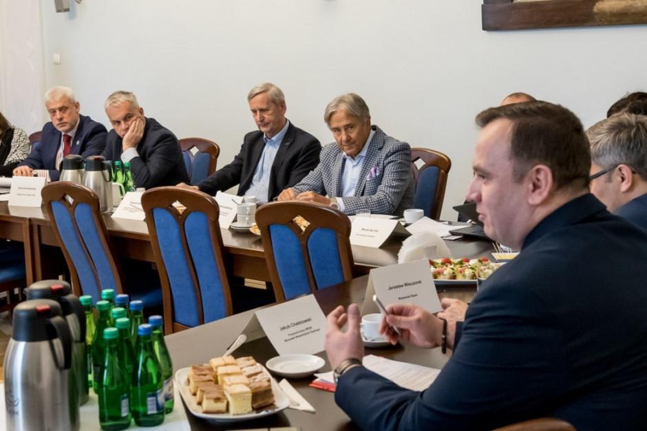 Prezydent Sosnowca odwołany z Wojewódzkiej Rady Dialogu Społecznego