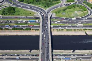 Cyfryzacja ruchu miejskiego pozwoli ograniczyć emisję spalin