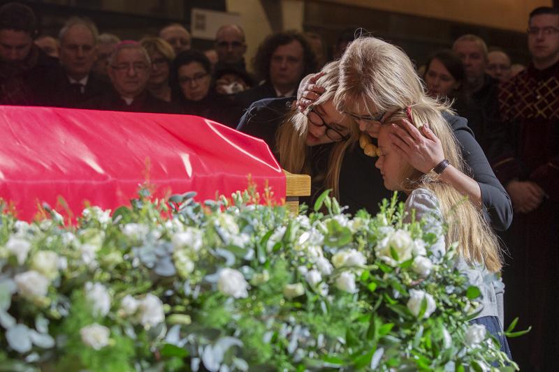 Wdowa po zamordowanym prezydencie Gdańska Magdalena Adamowicz z córkami Antoniną i Teresą(fot.Jerzy Pinkas/gdansk.pl)
