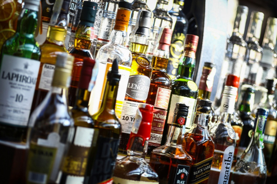 Obowiązek składania oświadczeń o wartości sprzedaży napojów alkoholowych w 2018 roku