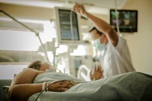 Szpitale też czekają na taryfy cen prądu. W niektórych placówkach ceny już o 60 proc. w górę