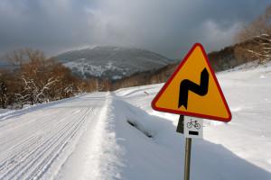 Drugi stopień zagrożenia lawinowego w Bieszczadach, 12 stopni mrozu