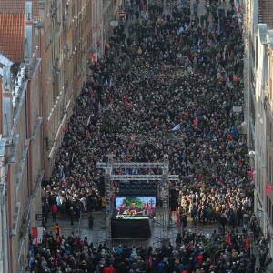 Na ulicach Gdańska zebrało się ponad 40 tys. ludzi (fot. Forum)