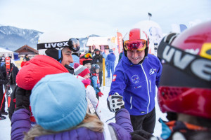 Charytatywny maraton narciarski na Polanie Szymoszkowej  z udziałem prezydenta