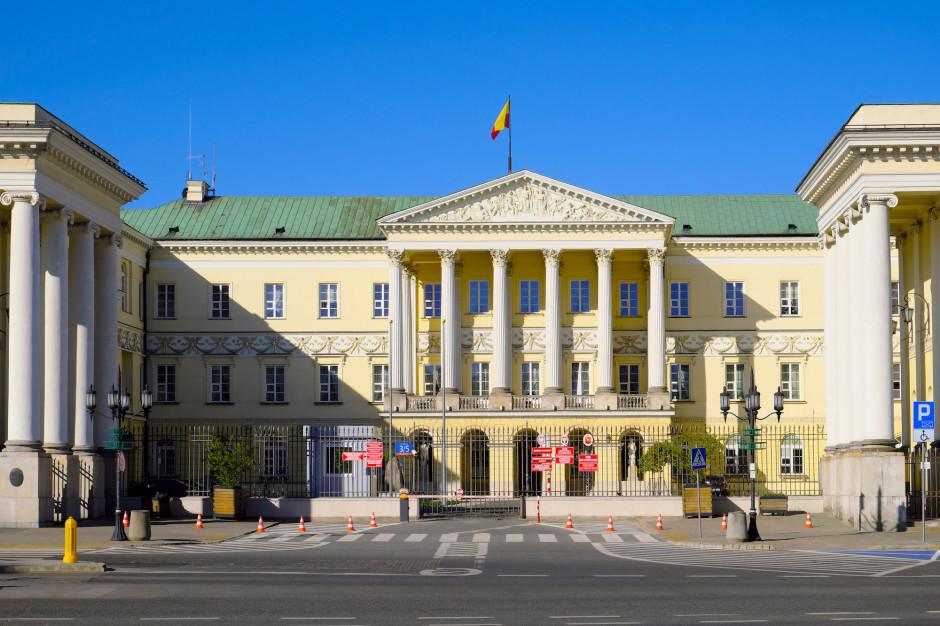 Pierwsze posiedzenie sztabu kryzysowego w Warszawie w piątek. Ile szkół przystąpiło do sporu zbiorowego?