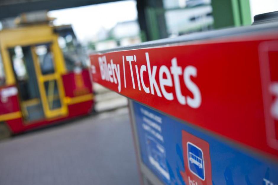 Coraz większe wpływy z biletów w transporcie miejskim w Warszawie