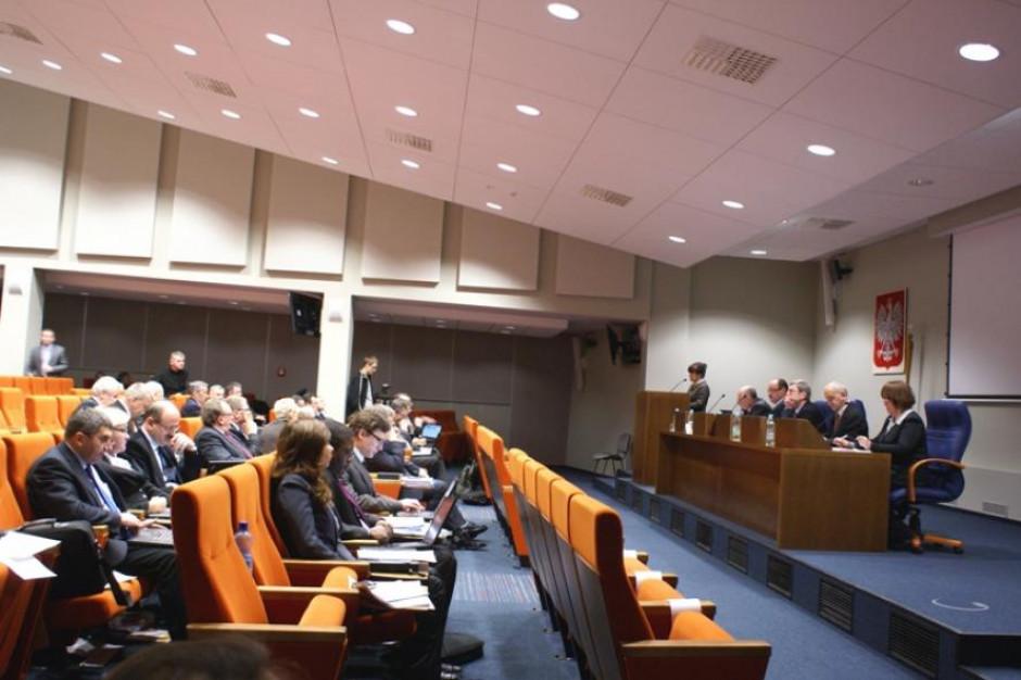 Wielkopolski sejmik przyjął stanowisko ws. zaprzestania mowy nienawiści